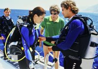 Croatia Diving: Buddy check prior to the dive