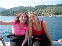 Croatia Diving: happy girs on the dive boat